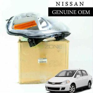 GENUINE NISSAN VERSA 2007-2012 RIGHT PASSENGER SIDE HEADLIGHT OEM 26010-EM30A