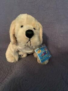 Rare Webkinz Yellow Lab NEW WITH SEALED TAGS (HM 153)