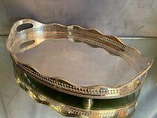 Grand plateau de forme ovale en métal argenté anglais Sheffield à décor ajouré