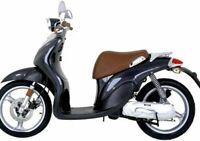 Coprisella specifico per scooter Yamaha Why 50 monoposto realizzato in similpell