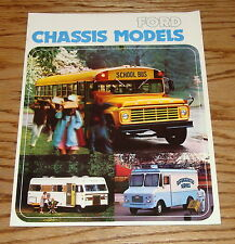 Original 1975 Ford Chassis Models Foldout Sales Brochure 75
