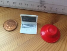 6975 Toy Hat & Laptop Playmobil Doll House Spares