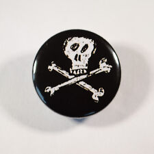 """SKULL AND CROSSBONES PIRATE Badge/Button GIFT with METAL PIN (Size is 1""""/25mm)"""