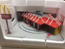 MTH RailKing 30-9114 McDonalds Operating Restaurant - NIB