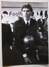 1989 MARCO VAN BASTEN foto professionale originale consegna pallone d'oro Milan