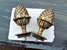 pomme de pin ou gland en bronze .  lot de 2 pièces