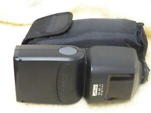 Metz 52 AF-1 Olympus Panasonic Leica  Dedicated Digital Flashgun with case