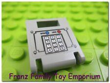 LEGO Harbor Minifig 2x2 Keypad Pattern Sticker on Door Tile 7045 Hovercraft Part