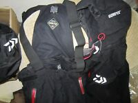 Daiwa DW - 1303 Gore-Tex XL Black Winter Suit