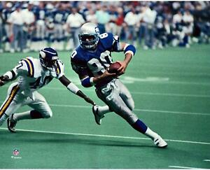 """Steve Largent Seattle Seahawks Unsigned Running into the End Zone 8"""" x 10"""" Photo"""