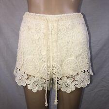 Love Tree Women Shorts Sz Small Cream Ivory Crochet Lace Mid Rise Hot Pants