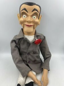 Slappy Goosebumps Ventriloquist Dummy Doll Moveable Mouth Glow Eyes Scholastic