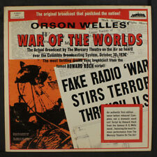 ORSON WELLES: War Of The Worlds LP (2 LPs, gatefold cover, corner dings)