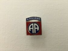 US ARMY 82ND AIRBORNE DIVISION HAT/LAPEL PIN SUITABLE FOR TIE TAC MEASURE 5/8 IN