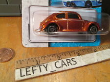 MAISTO Orange VW BEETLE BUG VW SCALE 1/64 ON SHORT CARD - NEW!