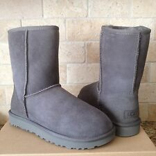 UGG Classic Short II 2.0 Grey Gray Water-resistant Suede Boots Size US 8 Womens