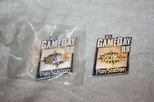 PLAY STATION GAME DAY 98 PROMO PINS SUPERBOWL XXXII BRONCOS,PACKERS ELWAY FAVRE