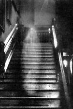 Incorniciato stampa-Grana Grossa sporco immagine dell' Cincinnati MUSIC HALL GHOST (Gotico)
