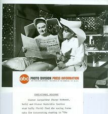 SALLY FIELD MARGE REDMOND READ RACING FORM THE FLYING NUN ORIGINAL  ABC TV PHOTO