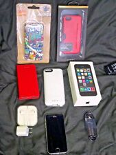 Working Apple iPhone 5s 32GB (Space Gray) Verizon + Charger, 4 Cases, Etc...LOT