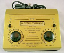 MRC Imperial HO Train Master Twinpack D2000 2 Amp Transformer w/ OB