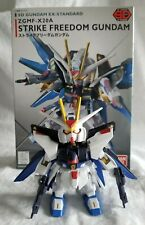 Bandai Mobile Suit Gundam SEED: SD Strike Freedom Gundam Model Kit (Gunpla)