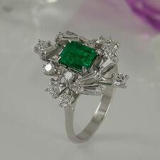 Ring in 750 Weißgold 18K mit 1 Smaragd ca 1,00 ct + 16 Diamanten 0,75 ct Gr. 54