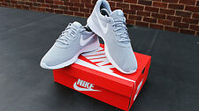 NEW GORGEOUS NIKE TANJUN LIGHT GREY MENS 11 CASUAL MESH TRAINERS RUNNING SHOES