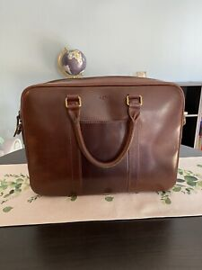 SATCHEL & PAGE FOUNDER BRIEFCASE