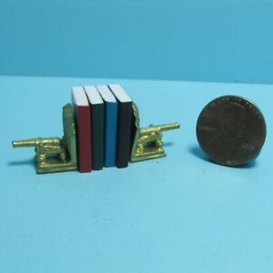 Dollhouse Miniature Canon Bookends Includes 4 Books with Pages ISL5100