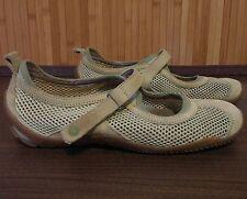 MERRELL Women's size 7.5 Shoes Sport Sandals light green Vegan, good traction