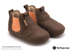 NEW Tip Toey Joey Baby Shoes - NEW KICKY *40% SALE*