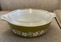 Vtg Pyrex Spring Blossom Crazy Daisy Green 1 Pint #471 Casserole Dish W/ Lid