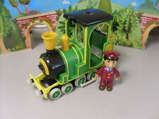 POSTMAN PAT BATTERY POWERED ROCKET TRAIN AND FIGURE...LARGE