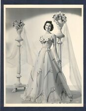 GORGEOUS AVA GARDNER - DOUBLEWEIGHT PHOTO BY VIRGIL APGER - NEAR MINT CONDITION