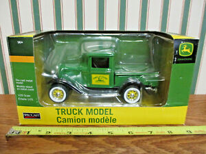 John Deere 1932 Ford Truck By SpecCast 1/25th Scale >