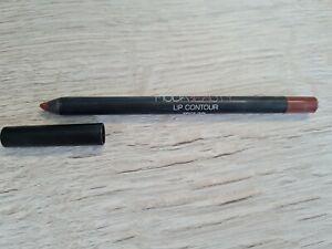 huda beauty lip contour Pencil Spice Girl