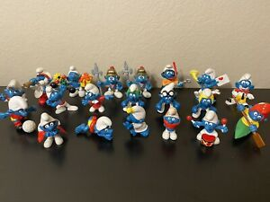 Lot of 20 1970s-1980s Peyo Schleich Smurfs Action Figures