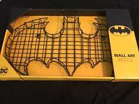 LARGE DC BATMAN Bat Symbol METAL WIRE 3D WALL ART DECOR  DECO MIB