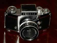 fotocamera EXAKTA ll b con ob. tessar 2,8/50 e pozzetto