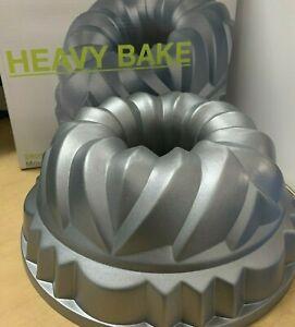 HEAVY BAKE CROWN CAKE TIN  S&P  $25.00