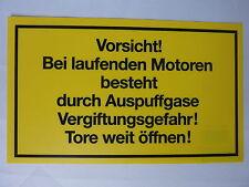 """Schild """"Vorsicht! Bei laufenden Motoren...."""" PVC 150 x 250 mm"""
