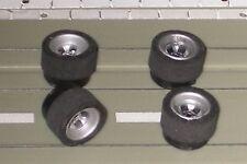 Faller Aurora -- 4 Felgen mit Reifen für AFX Chassis, kostenloser Inlandsversand