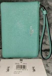💥NWT💥Auth Coach 58032 Blue/Green with Gunmetal Cross-grain Corner Zip Wristlet