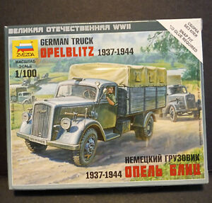 Zvezda German WWII Opel Blitz 1937-1944 Truck
