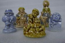 Nursery Favourites Wade figurines~ 2 large, 3 smaller