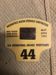 Indianapolis Indy 500 1972 PIT BADGE with Original Card