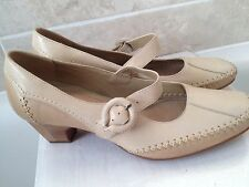 Ladies size 5.5 K by CLARKS beige leather Mary Jane shoes