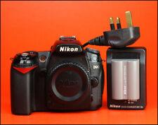 Cámara SLR Nikon D90 D + Solo Cuerpo-Nikon EN-EL3e Cargador de batería y Nikon MH-18a