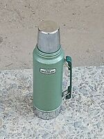 Vintage Aladdin Stanley Thermos Green A-944DH Quart Vacuum Bottle